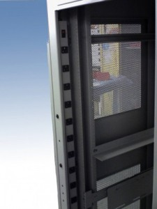 Closed-Server-Rack-2